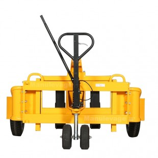 Vue de face du transpalette manuel tout terrain roues pneumatiques