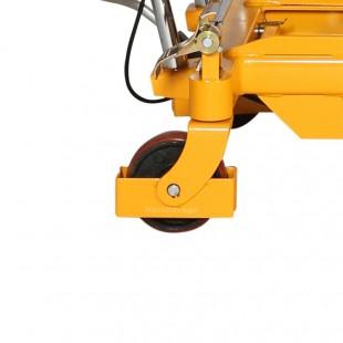 zoom de la roue en acier à bandage polyuréthane robuste , protégée.