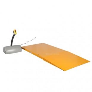 Table elevatrice electrique extraplate avec rampe d'accès